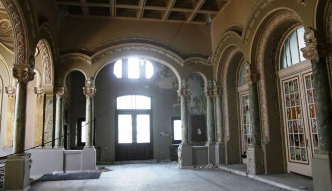Galerie FOTO / Cum va arăta Cazinoul din Constanţa după reabilitare: vor fi cafenele şi sală de bal - fotofondcazino1-1431257628.jpg
