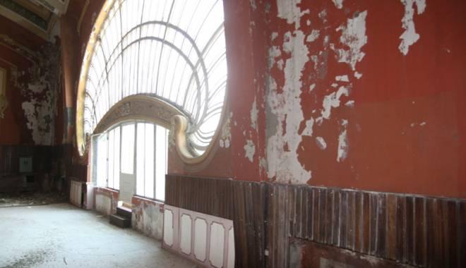 Galerie FOTO / Cum va arăta Cazinoul din Constanţa după reabilitare: vor fi cafenele şi sală de bal - fotofondcazino4-1431257663.jpg