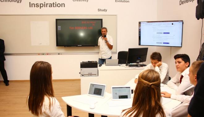 Foto: Centre de excelenţă pentru elevii capabili de performanţe înalte, la Constanţa