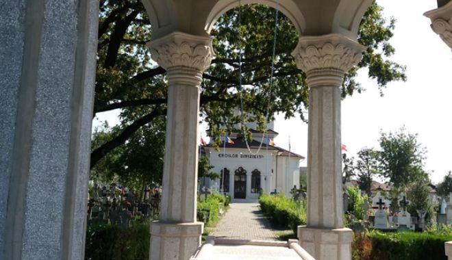 Cimitirul Eroilor din Constanţa, monument de indiferenţă şi lipsă de respect - fotofondcimitir1-1534868710.jpg