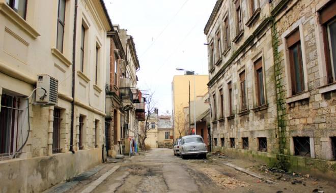Foto: C�nd vor fi salvate cl�dirile istorice ale Constan�ei? Prim�ria nu vrea s� le cumpere