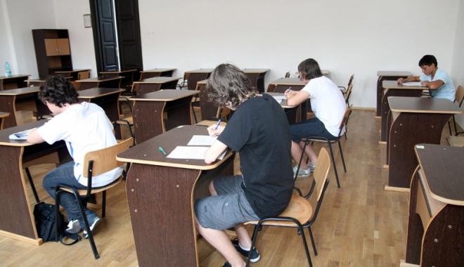 Debandada din învăţământ.