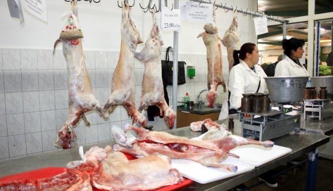 Încep pregătirile pentru Paşte. Controale la sânge în pieţe şi supermarketuri
