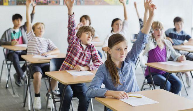 Educație sanitară și mai mult sport la școală, de la anul… - fotofondeducatiesanitara-1591536386.jpg