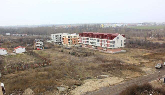 Foto: Scandal pe terenurile din cartierul Campus. Urmează exproprieri