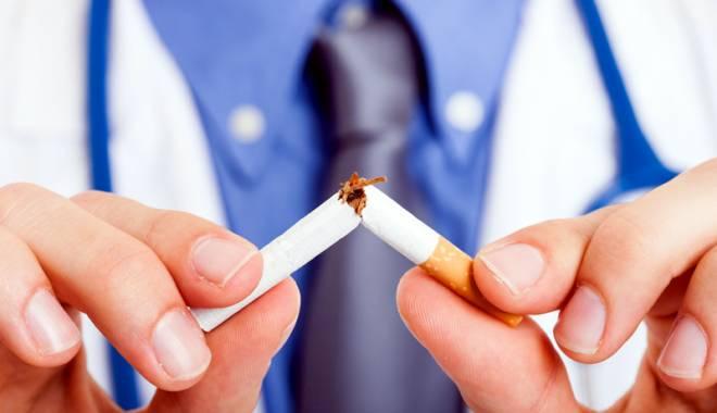 Foto: Cât de dăunător este fumatul. Cancerul pulmonar pândeşte după fiecare ţigară