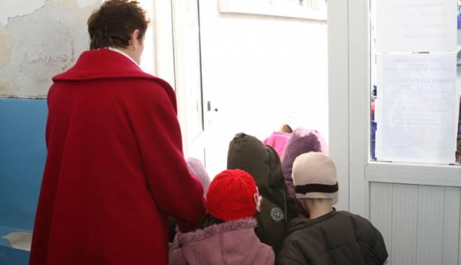 Foto: Tichete sociale pentru copiii săraci, să meargă la grădiniţă