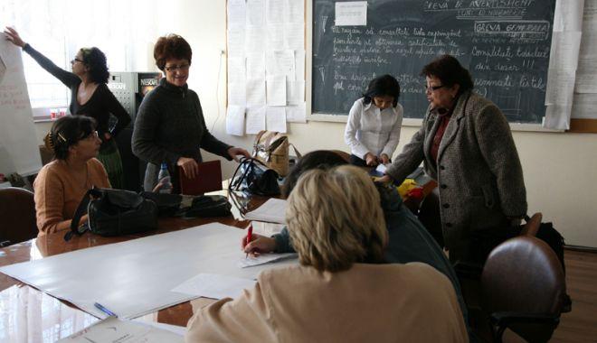 Foto: Grevă generală în învăţământ!  Profesorii, îngrijoraţi de reducerile  de posturi şi salariile în scădere