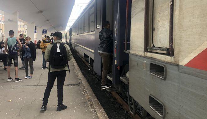 Se reaude glasul roților de tren! Reguli stricte pentru călători și bilete mai puține - fotofondladrum6-1591120705.jpg