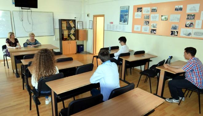 Foto: O nouă lege a educaţiei. Se schimbă examenele şi admiterea la liceu?