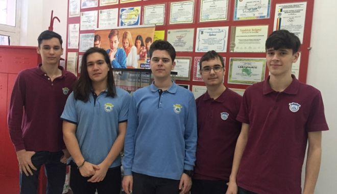18 elevi ai Liceului Internațional  de Informatică din Constanţa,  calificaţi la olimpiade naționale - fotofondlicinfo4-1522940642.jpg