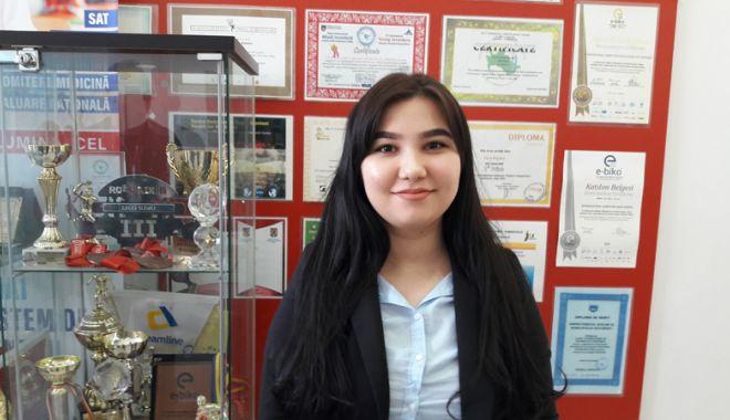 18 elevi ai Liceului Internațional  de Informatică din Constanţa,  calificaţi la olimpiade naționale - fotofondlicinfo5-1522940651.jpg