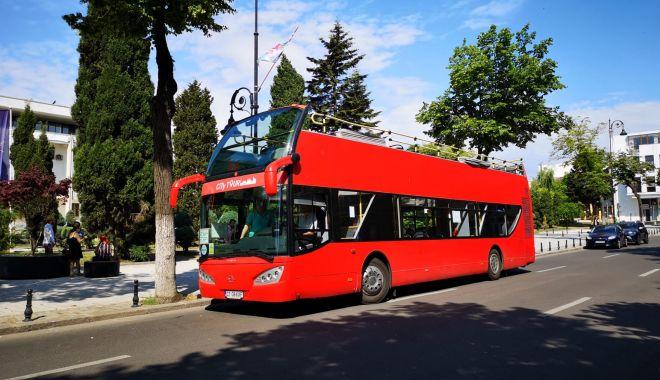 Foto: Autobuzele etajate deschid sezonul vacanţei pe litoral!