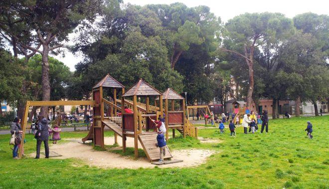 Foto: Când va avea Constanţa locuri de joacă în aer liber?