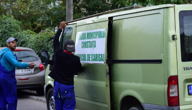 Maidanezii fac legea la Constanţa! Adăpostul e ferecat, iar străzile - pline de câini - fotofondmaidanezi6-1507214902.jpg