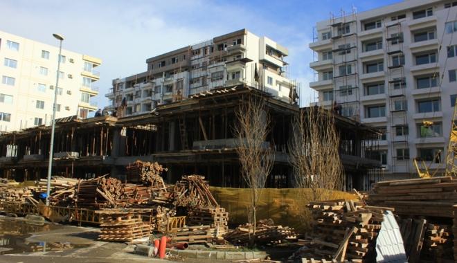 Foto: Bloc după bloc, hotel după hotel! Staţiunea Mamaia se umple de turnuri