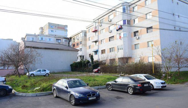 Trist. Constanța, orașul în care parcările devin… supermarketuri! - fotofondparcari-1563203985.jpg