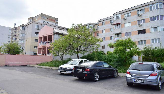 Trist. Constanța, orașul în care parcările devin… supermarketuri! - fotofondparcari1-1563204035.jpg