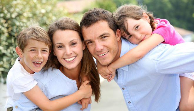 Foto: Tu ce relaţie ai cu copilul tău? Staţi la discuţii şi oferă-i mereu un exemplu frumos!
