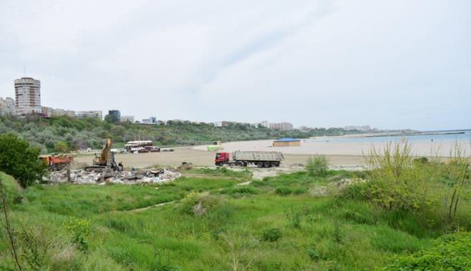 Plaja Modern intră în secolul XXI! Au fost dărâmate clădirile ceauşiste şi a început reamenajarea zonei - fotofondplaja7-1494762317.jpg
