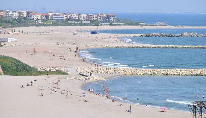 Foto: Afacerile litoralului! Cine a câştigat marea bătălie pentru plaje