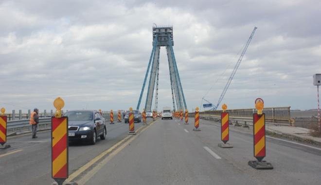 Foto: Podul Agigea, testul de stres pentru sudul litoralului. Nici închis pentru reabilitare,  nici complet deschis pentru turişti!