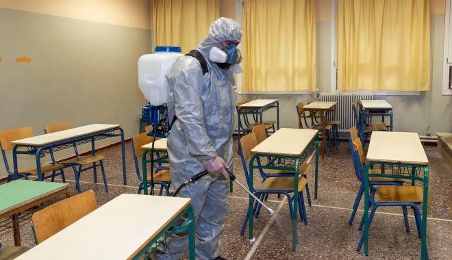 Pregătiri în școli.