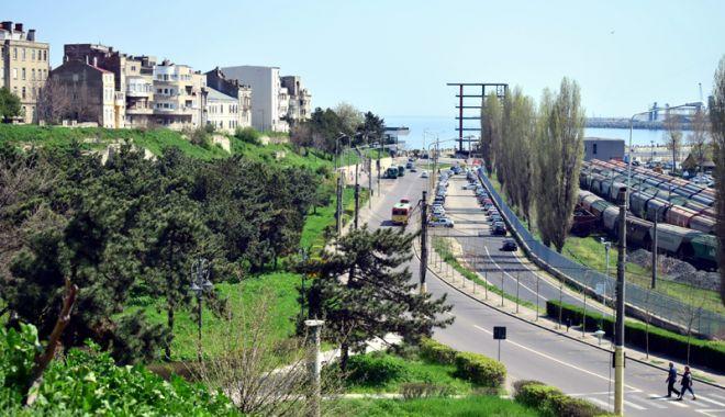 Foto: Nereguli şi probleme la proiectul de reabilitare a zonei Poarta 1 Port Constanţa