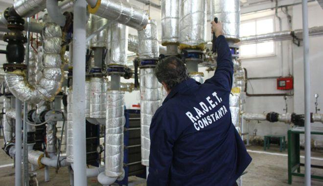 Foto: Captivi într-un sistem de încălzire falimentar! Se pregăteşte interzicerea debranşărilor