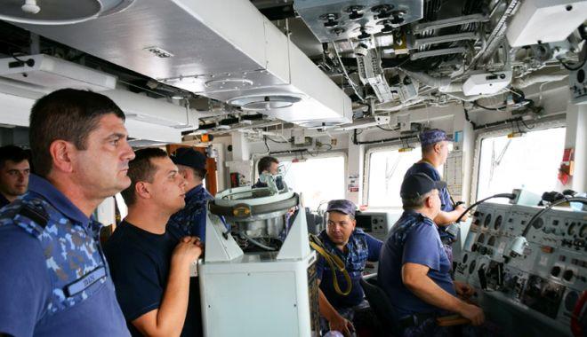 """Foto: """"Regele Ferdinand"""", în căutarea submarinelor,  la Mavi Balina 18"""