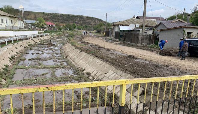 Foto: Risc major de inundații. Zeci de primării, verificate de inspectorii ABADL
