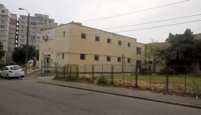 Un nou tun imobiliar la Constanţa! Au ras două grădini pentru a ridica blocuri - fotofondsantiercorbului4-1503419187.jpg