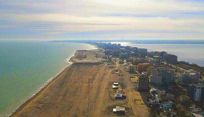 Schimbări spectaculoase pe litoral. Plaje lărgite şi diguri noi în staţiuni - fotofondschimbarispectaculoasepl-1610129422.jpg