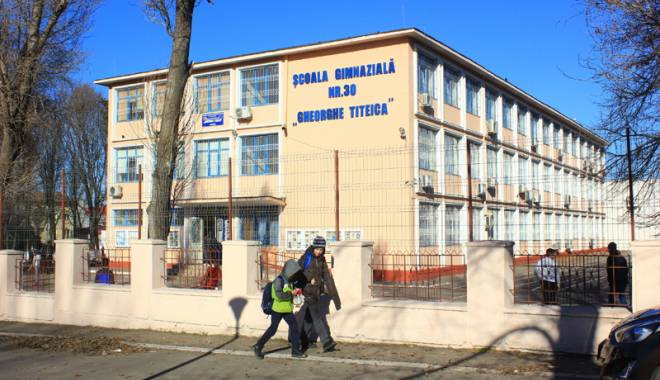 Foto: Nori negri asupra Şcolii nr. 6 din Constanţa. Ce se va întâmpla cu această instituţie