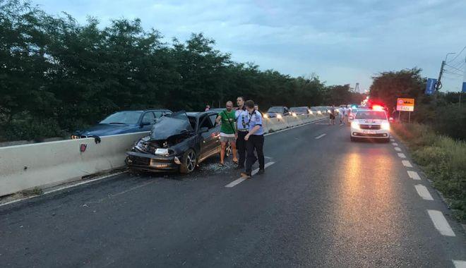 Foto: Şoferi inconştienţi, aglomeraţie şi multe accidente pe şosele, în minivacanţa de Rusalii