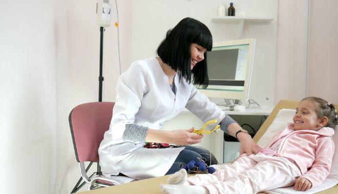 """Foto: Mămicile au ajuns la disperare: """"Avem nevoie de un spital de copii în Constanţa!"""""""