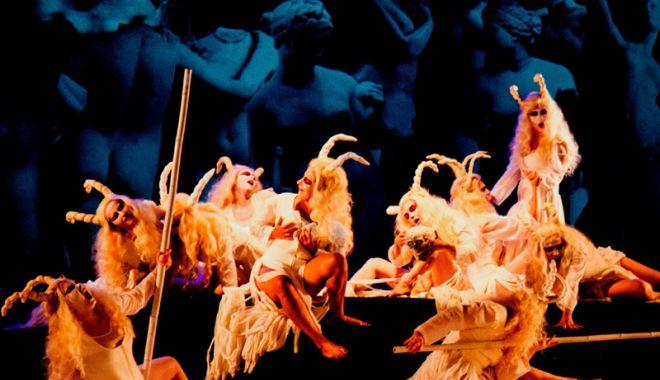 """Foto: Teatrul de Stat Constanța joacă """"Dionysos"""" în Festivalul Internațional de Teatru Atelier, de la Baia Mare"""