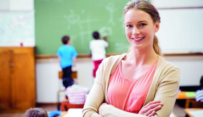 """Foto: Se caută cele mai bune soluții la ISJ. """"Nu vom începe şcoala cu elevi care să nu aibă pe nimeni la catedră!"""""""