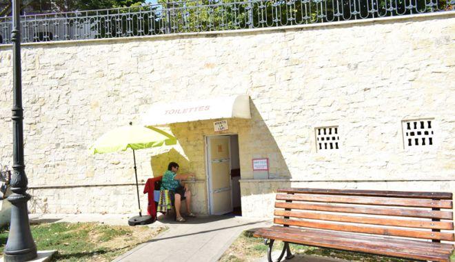 Treabă ruşinoasă la Constanţa. Doar şase toalete publice funcţionale şi cutii ecologice mizerabile - fotofondtoaletepublice5-1535563122.jpg