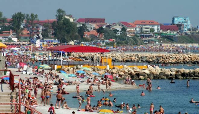 Foto: Noua Lege a Turismului aruncă litoralul în aer. Turiştii, victime sigure pentru escroci