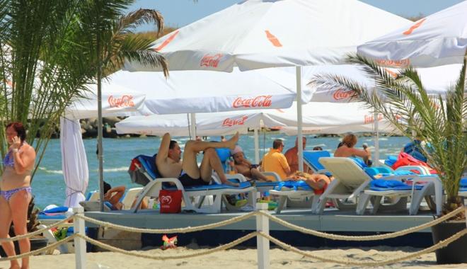 Foto: Cât au cheltuit turiştii, pe litoral,  în minivacanţa de Rusalii