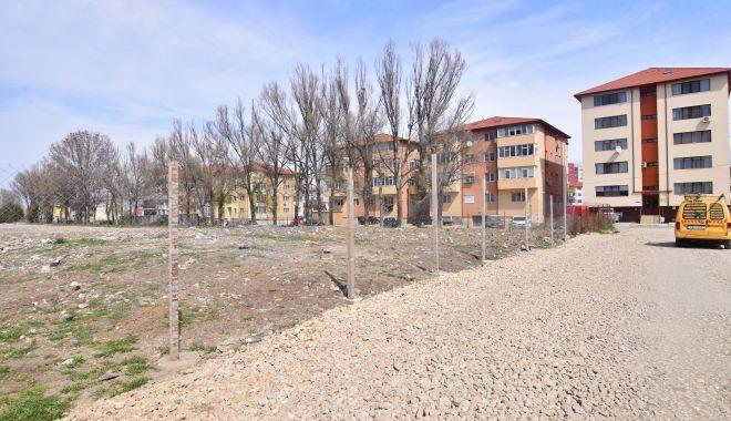 Foto: Un nou cartier rezidenţial. Turnuri cu zece etaje şi sens giratoriu pe Baba Novac