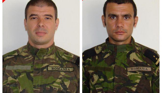 Foto: Ceremonie de comemorare pentru scafandrii militari căzuţi la datorie în Afganistan, în anul 2013