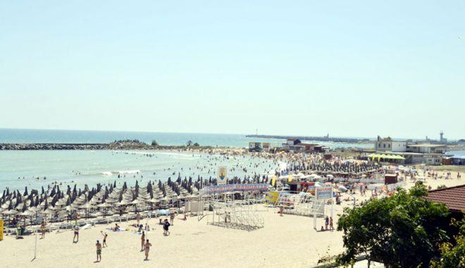 Foto: Pe mâna cui au ajuns plajele de pe litoral și de ce se cere schimbarea legii