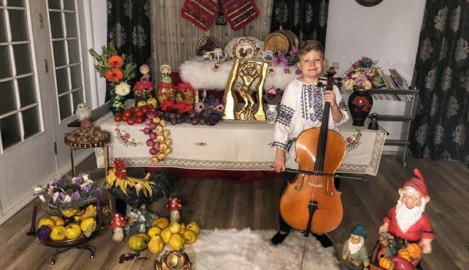Incursiuni în trecutul nostru. Şcolarii sărbătoresc Ziua Naţională a României - fotoprintfondincursiune4-1606656688.jpg