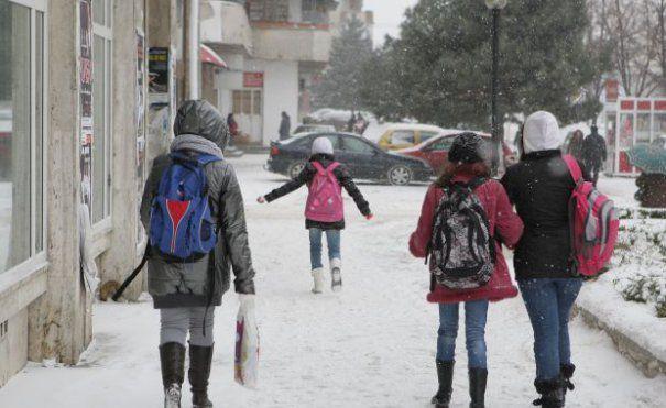 Foto: Toate şcolile din Constanţa, închise mâine şi poimâine, pe 1 şi 2 martie