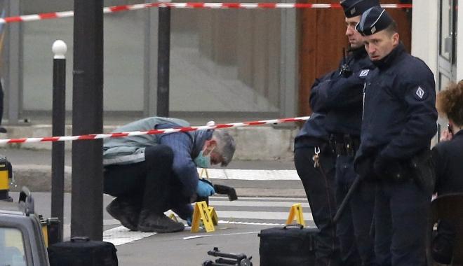 Foto: GEST ȘOCANT: Un polițist și-a ieșit din minți și a ucis trei oameni