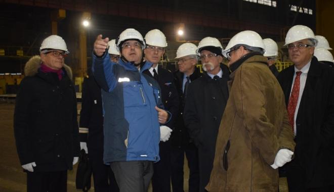 Francezii de la Naval Group şi Şantierul Naval Constanţa intră în competiţia  pentru înzestrarea Forţelor Navale Române - franceziidelanavalgroupsisnccorv-1510854892.jpg