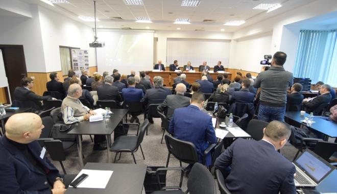 Francezii de la Naval Group şi Şantierul Naval Constanţa intră în competiţia  pentru înzestrarea Forţelor Navale Române - franceziidelanavalgroupsisnccorv-1510854951.jpg