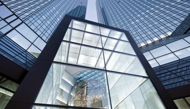 Foto: Bombă descoperită la sediul Deutsche Bank  din Frankfurt